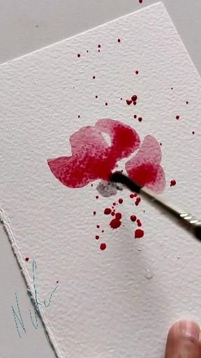 A quick tutorial on how to paint a poppy with splash of watercolours