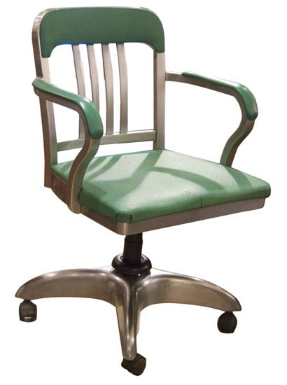 Living The American Dream 1950s Desk Chair A Snip Ahem At Just 375 Old Cinema I Ll Carry On Dreaming Then 克塞尼娅 瑟齐 库巴托夫