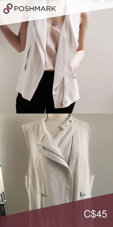Aritzia Babaton Redford Vest Size 10