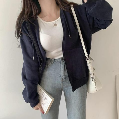 Girly classic outfit inspire style spring 2021 sweet k-pop fashion vsco college