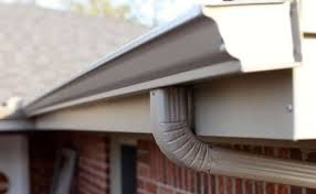 Seamless Gutter Installation With Images Seamless Gutters Gutters Gutter