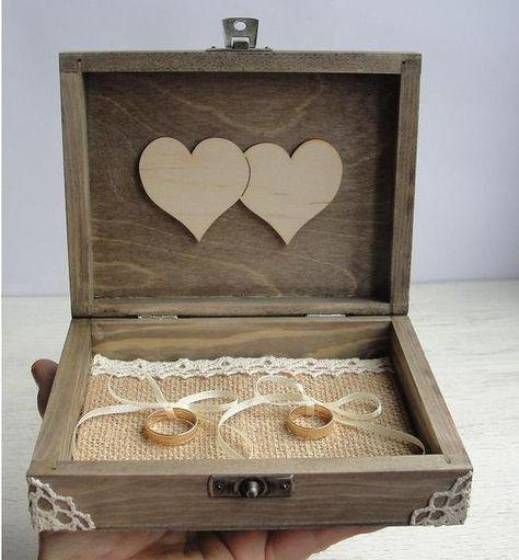 Ringschachtel Holz. Personalisierbar ringschatulle von Decoupage-Margaret auf DaWanda.com