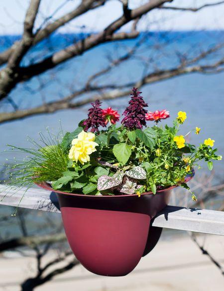 Bloem Modica Deck Railing Round Planters Gardener S Supply In