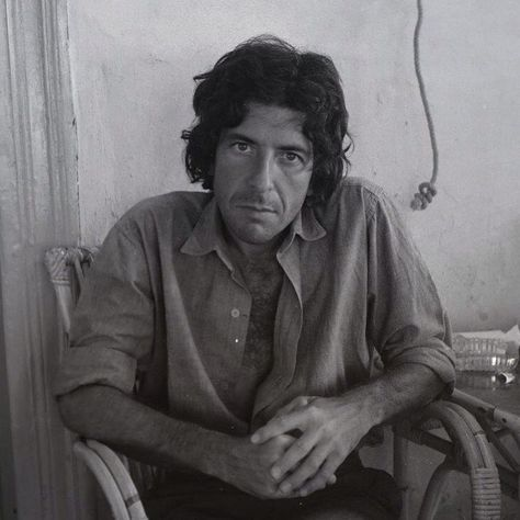 Top quotes by Leonard Cohen-https://s-media-cache-ak0.pinimg.com/474x/d5/6e/5b/d56e5b5e95e6eff8bc13622f22543e79.jpg