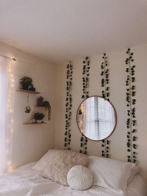 Home Decor Minimalist green plants white walls mirror teen bedroom.Home Decor Minimalist green plants white walls mirror teen bedroom Dorm Color Schemes, Dorm Room Colors, White Wall Mirrors, White Walls, Room Ideas Bedroom, Cozy Bedroom, Bedroom Green, White Bedroom, Bed Room