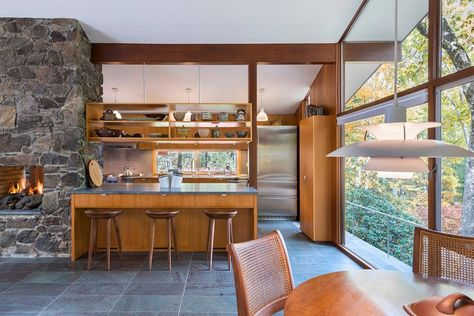 Mid-Century Modern in The Woods: Henry Hoover's Germeshausen House