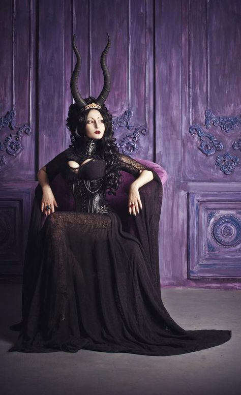 Vampire mythology goes back centuries, and these are legends that have incited hysteria in cultures throughout history > Dark Beauty, Goth Beauty, Tribal Fusion, Gothic Girls, Vampire Mythology, Dark Black, Fantasy Photography, Victorian Gothic, Gothic Chic