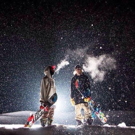ski et snowboard Whistler, Snowboarding Photography, Ski Et Snowboard, Vail Colorado, Skate Surf, Winter Fun, Sport Winter, Wakeboarding, Extreme Sports