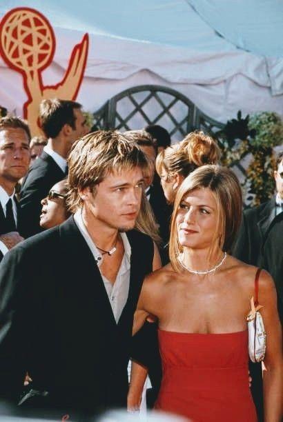 Pin By Maria Gloria On Brad Pitt In 2021 Brad Pitt Jennifer Aniston Brad Pitt And Jennifer Brad Pitt