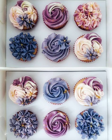 48 creative cupcake ideas that will delight you - - baby kuchen - Cupcakes Cupcakes Flores, Flower Cupcakes, Mini Cupcakes, Cupcake Cakes, Purple Cupcakes, Space Cupcakes, Cupcake Piping, Cheesecake Cupcakes, Coconut Cupcakes