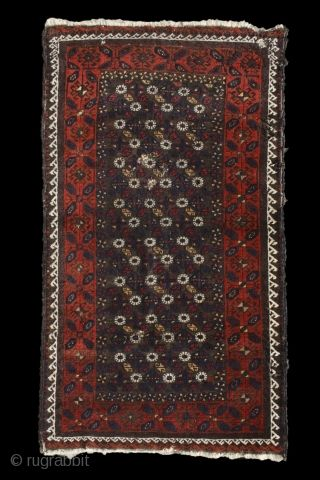Dandelion Baluch Part Of A Group Or Unusual Rare Maybe Unique More Beauties Http Rugrabbit Com Profile 5160 Rugrabb In 2020 Rare Antique Carpets Unusual