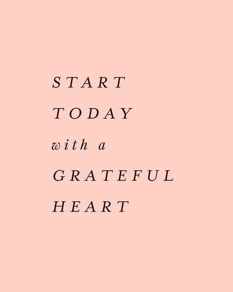 Quotes inspirational god strength encouragement motivation ideas for 2019 Motivacional Quotes, Life Quotes Love, Words Quotes, Wise Words, Today Quotes, Good Quotes To Live By, Grateful Quotes Love, Happy Heart Quotes, Joy Of Giving Quotes