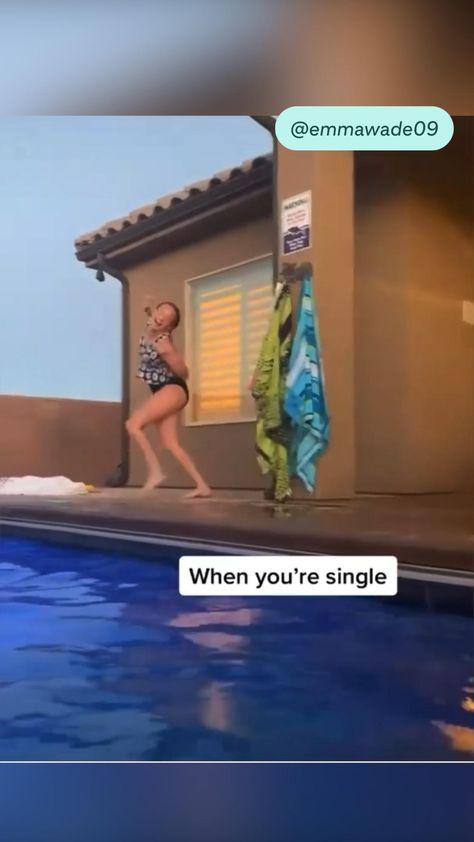 When ur single… same sis