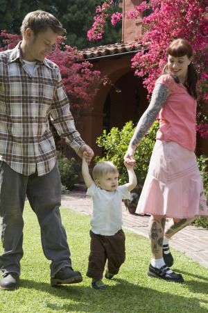 8 Secrets of Happy Families - Parenting