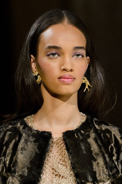 Oscar de la Renta, Fall 2018 - The Most Dazzling Hair and Beauty Details From NYFW Fall 2018 - Photos