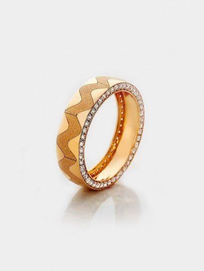 دبل زفاف ذهب عيار 21 دبلة زفاف شكل زجزاج خصم 20 على المصنعية Jewelry Jewelrymaking Love Women Gold Goldjewellery Wedd Gold Rings Rose Gold Ring Gold