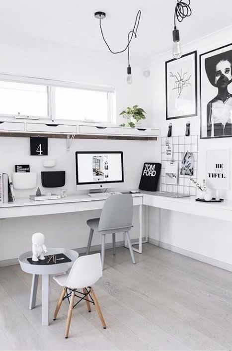 60+ Desk Decor Ideas For The Ultimate Work Space #desk #decor #ideas #cute #chic #office #officedesigns