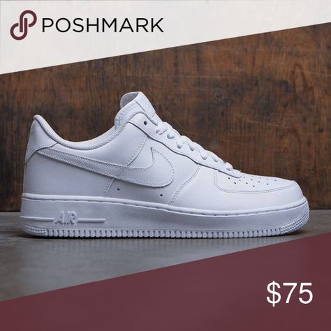 All white Nike 1s Air box Includes Force minor creasing CWredxBo