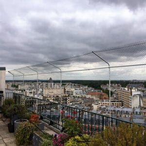 Proteger Fenetre Balcon Terrasse Pour Que Mon Chat Ne Tombe Pas Avec Images Terrasse Terrasse Jardin Balcon