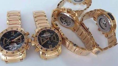 52c4a067553 relógio masculino iron man dourado fundo preto