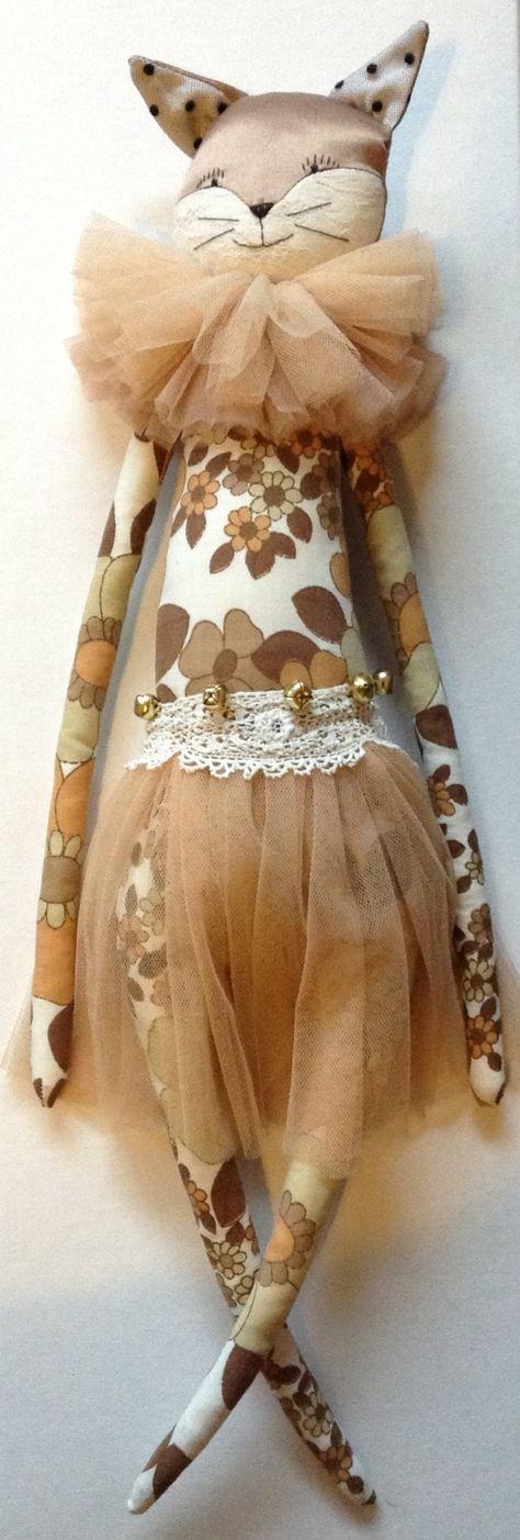 Alice Mary Lynch, dolls