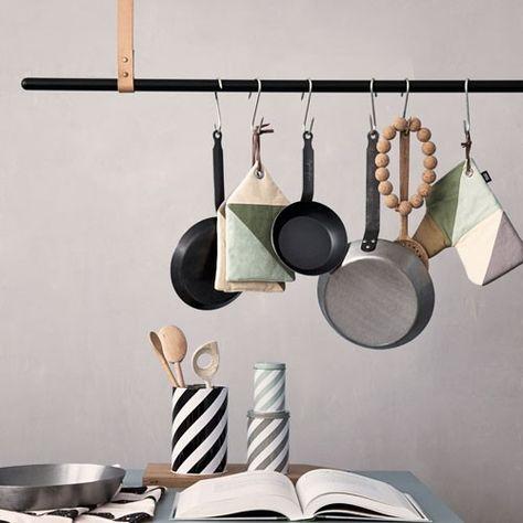 Clothe Rack Tringle A Suspension Ferm Living Barre Noire