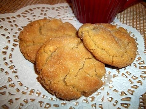 ~ Peanut Butter Cookies ~ My Moms #cookie #Peanut butter #justapinchrecipes