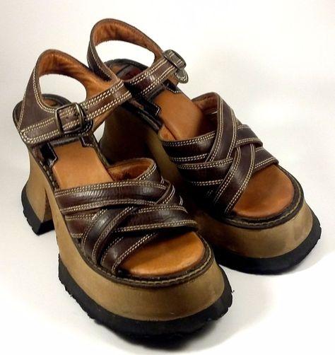 35defa611de8 Vintage 1990s London Underground Shoes ~ Brown Wooden Platform Sandals Sz 7  M  LondonUnderground  SandalsFlipFlops