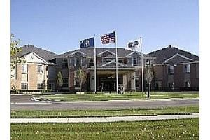 Park Place Located In Warren Mi With Service To Surrounding Cities Is An Assisted Living Independent Living Facility Elder Care Home Care Agency Private Dining Room Hotel Housekeeping