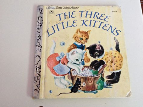 Vintage Book A First Little Golden Book The Three Little Kittens Illustrated By Masha 1970 Little Golden Books Vintage Children S Books Little Kittens