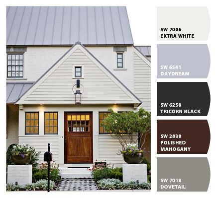 Says Extra White but Houzz post says Relaxed Khaki siding and