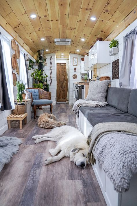 Tour this Converted School Bus! School Bus Tiny House, School Bus Camper, School Buses, Bus Living, Tiny House Living, Converted School Bus, Airstream Interior, Tour Bus Interior, Airstream Renovation