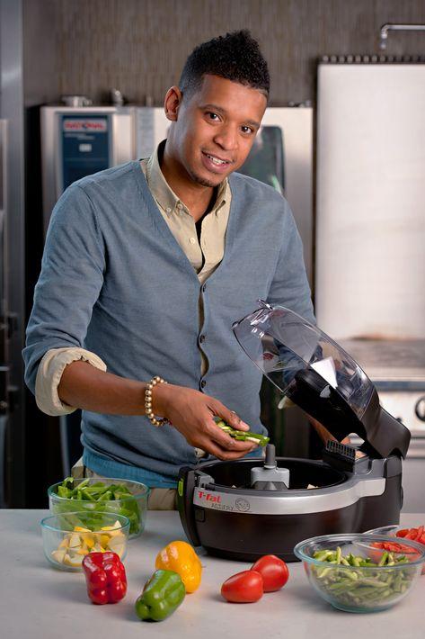 Chili recipe from Chef Roble, star of Bravo's Chef Roble & Co.   SD Entertainer Magazine