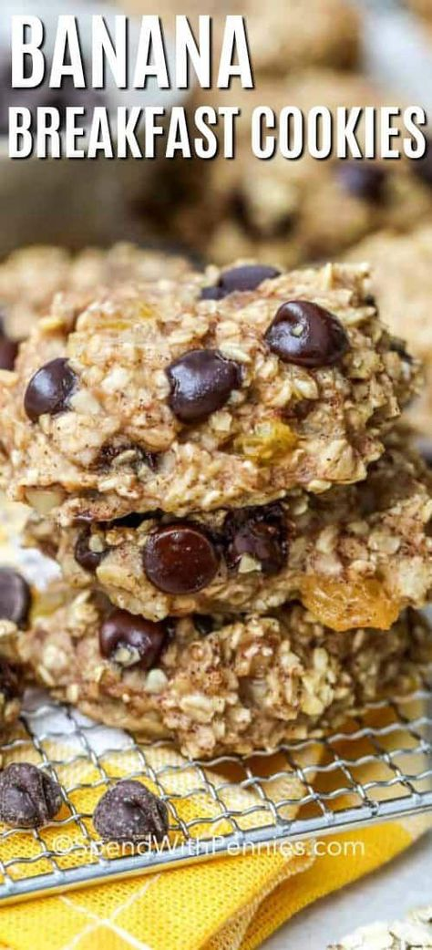 My family loves this easy breakfast cookie recipe. Made with oatmeal, nuts, apple sauce, and bananas this recipe is healthy and quick to make. Store in the freezer for a quick grab and go breakfast any day of the week! #spendwithpennies #breakfastcookies #breakfast #makeahead #healthyrecipe #NutritionAndHealth