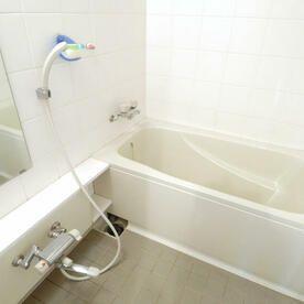 諦めてたお風呂の鏡の汚れ 水垢 と 石鹸カス 汚れは対処法が真逆 風呂 石鹸 鏡