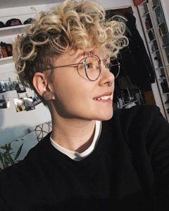 Lesbian Haircuts Short Hair Styles Short Curly Hair