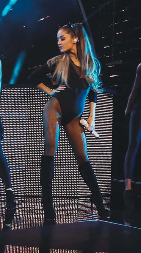 Ariana Grande loves nude pantyhose… and black as well – Best Of Nylon pant…. Ariana Grande loves nude pantyhose… and black as well Ariana Grande loves nude pantyhose… and black as well Ariana Grande Outfits, Ariana Grande Fotos, Ariana Grande Legs, Adriana Grande, Ariana Grande Pictures, Ariana Grande Tights, Jolie Lingerie, Elegantes Outfit, Meghan Trainor