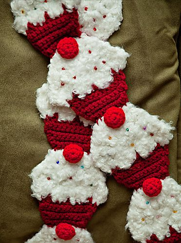 crochet food scarf | Red Velvet Cupcake Scarf. Pattern by Twinkie Chan. ©CherrySprinkle ...