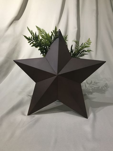 Metal Farmhouse Star Decor