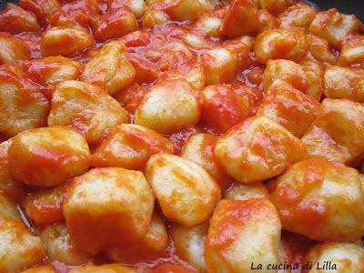 La cucina di Lilla: Gnocchi: Gnocchi di patate al sugo nel ...