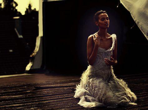 """Para el estreno de la película """"Flor del Desierto"""" - Con Liya Kebede vídeo DireTube de News etíope"""