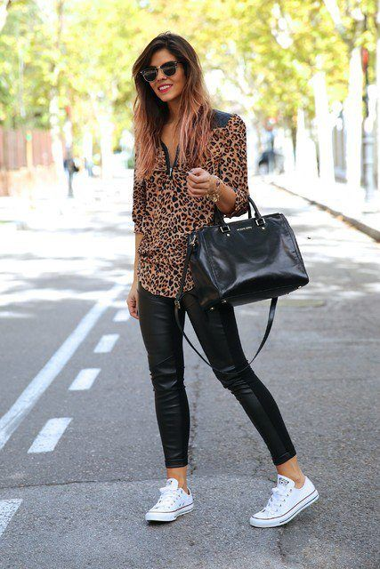 249d7236 Outfits with Black Leggings – 21 Ways to Wear Black Leggings ...