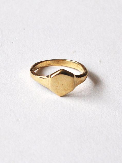 Odette Hex Signet Ring