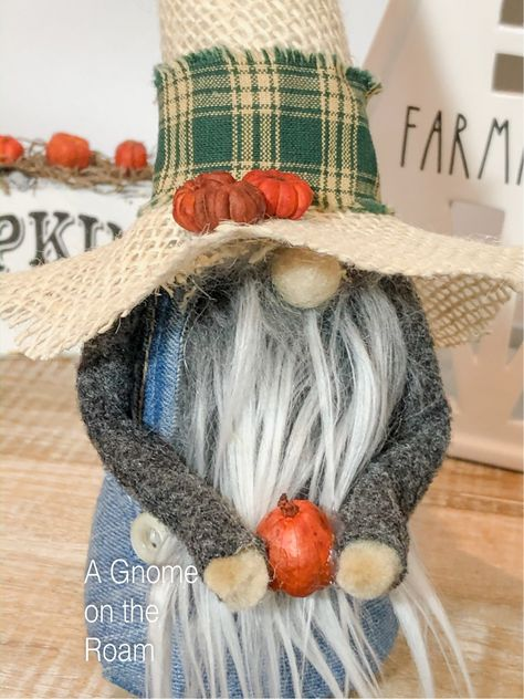 Fall Crafts, Halloween Crafts, Sock Animals, Clay Animals, Softie Pattern, Diy Rustic Decor, Christmas Gnome, Crafts To Sell, Diy Crafts