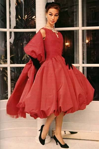 Red Dress Dior 1955 Wouldn T This Make A Stunning Holiday Party Have Yourself Very Vintage Christmas Pinterest