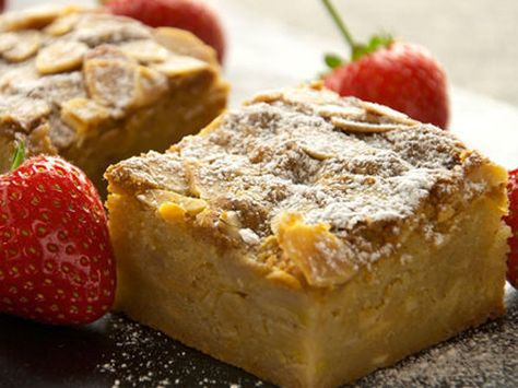 Sunday Brunch - Articles - Banana Blondies Recipe - All 4