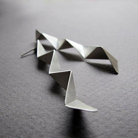 Pendientes geométricos hechos a mano de plata, 3d pendientes de plata, joyería de plata contemporánea