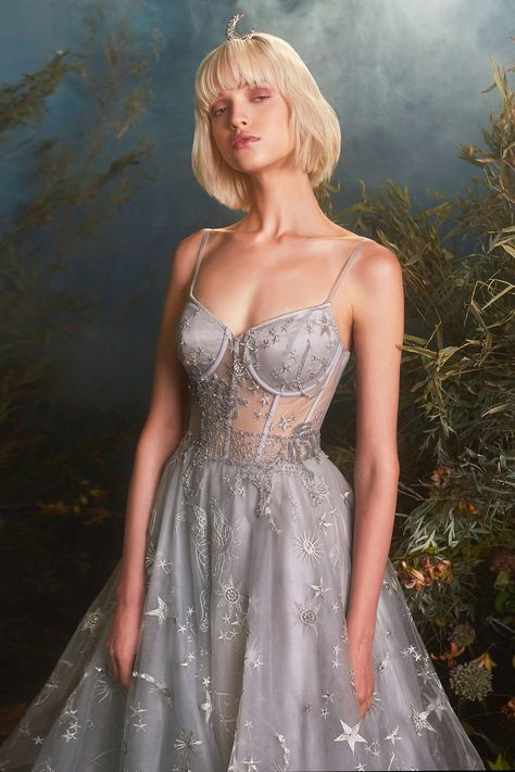 The Johanna Gown Andrea&Leo - Trend Cocktail Drinks 2019 Ball Gowns Prom, Ball Gown Dresses, Grad Dresses, Evening Dresses, Dress Up, Ball Gowns Evening, Lace Gowns, Homecoming Dresses Corset, Cool Prom Dresses