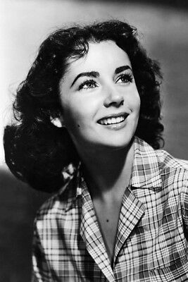 Elizabeth Taylor Beautiful Young Pose Smiling Check Shirt 24x36 Poster Print Fashion Collecti Elizabeth Taylor Young Elizabeth Taylor Elizabeth Taylor Movies