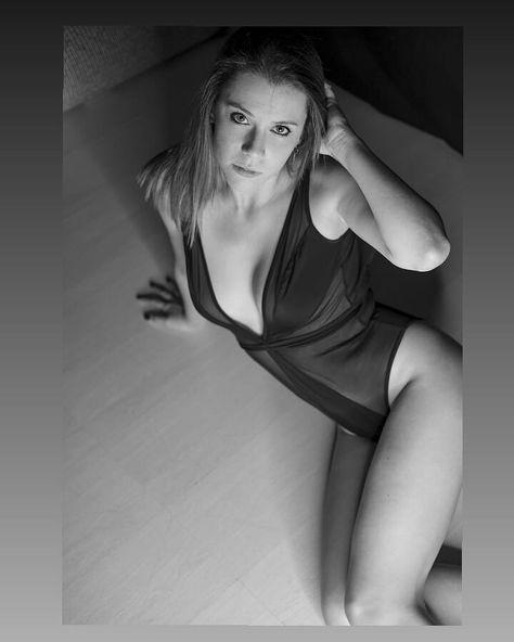 ☯ . . . @lucacorazzaph  #artwork #portrait #portraitphotography #shooting #shootingday #photosession #photoart #bodylanguage #posing #sensual #sensuality #sensual_shots_ #elegance #monocrome #blackandwhite #loveblack #lingerie #lighteffect #details #fashion #style #amazing #ideas #inspiration #experience #beautifulday